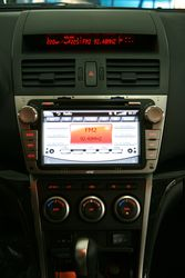 mazda6_inside_ntray_8729_igo_2din_small.jpg