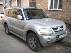 mitsubishi_pajero_wagon_III_outside_ntray_6881_igo8_2din_big.jpg